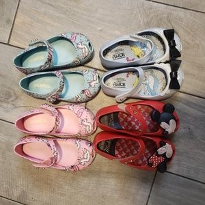 Lot of little girls Mini Melissa's sz 7
